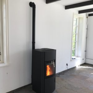 AUSTROFLAMM POLLY 2.0 8kw staal